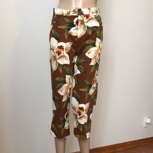 Jones New York Sport Stretch brown floral capris